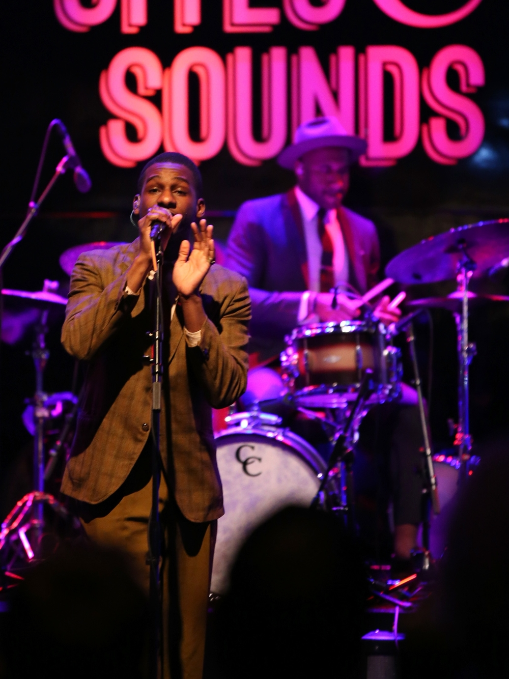 Leon Bridges Grammy's Show