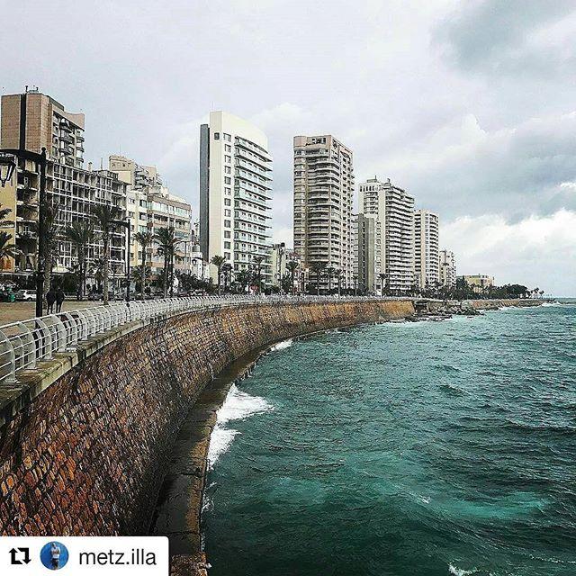 #Repost @metz.illa ・・・ beirut coastline #travelling #traveling #travel #middleeast #beirut #coastline