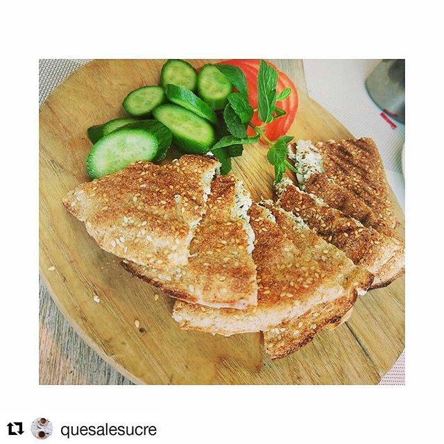 #Repost @quesalesucre ・・・ It's a kaak-kaak kinda morning! #morningigers #igers #breakfast #picoftheday #cheese #saltybreakfast #healthyfood #realfood #vegetables #nutritious #yummy #delicious #foodie #foodjunkie #beirut #livelovefood #followforfollow