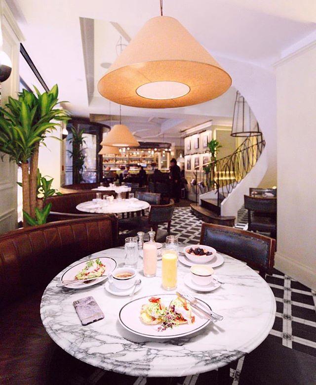 Tuesday calls for lunch @thenationalnyc #regram 📸 @murrmari #nyc #midtown #nycrestaurants #nycfood #foodstagram