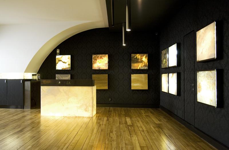 ISad-I-FuadaShowroom-Milan-2009 (2).jpg