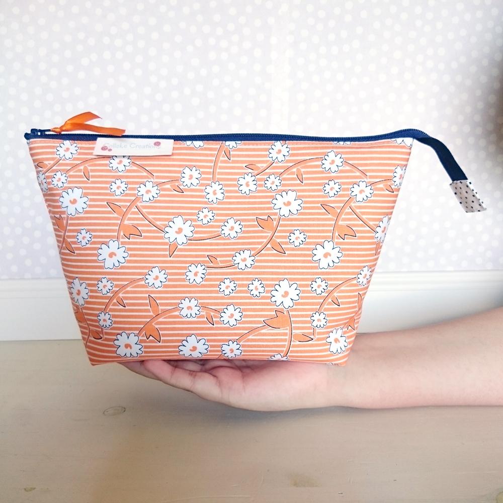 Boxed zipper pouch Emma in orange