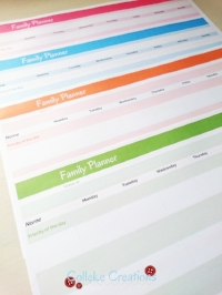 Free printable family calendar in 4 different colors - Colleke Creations