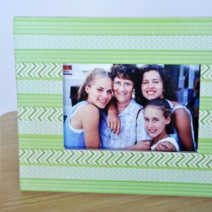 Mother's Day craft for teens - Striped Washi Tape Frame from Sarah - Colleke Creations