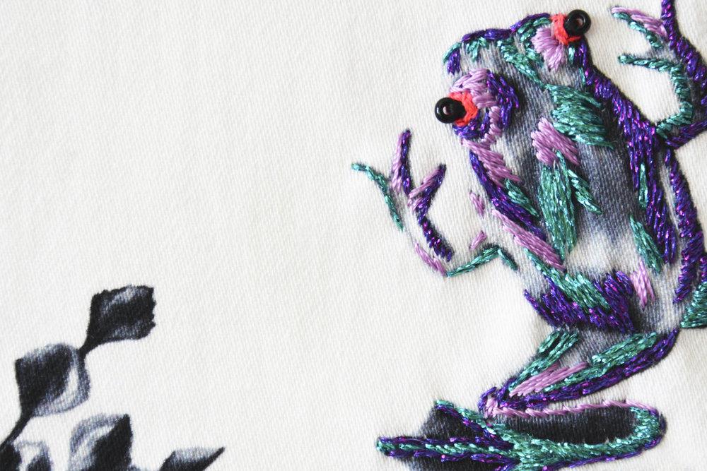 multi-frogs-on-a-lilypad-2.jpg