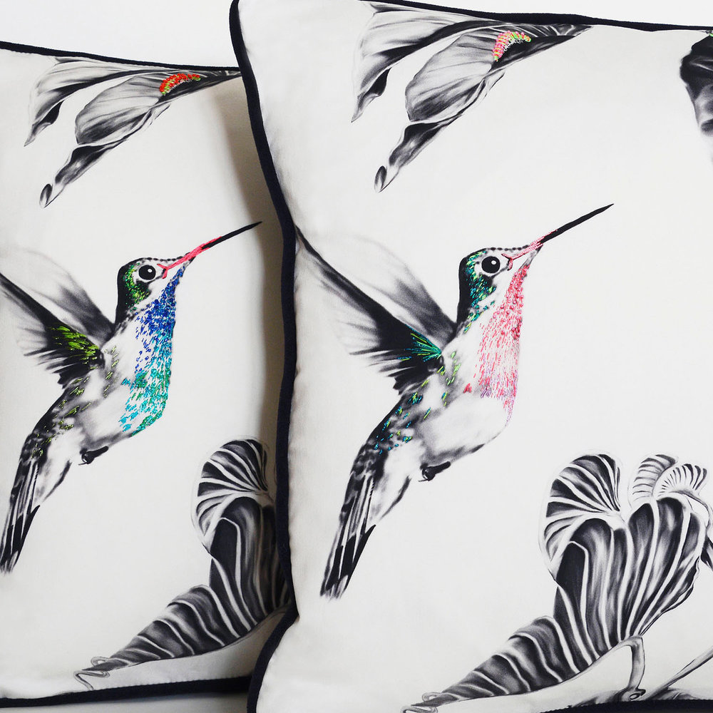 multi-hummingbirds-cushion-3.jpg