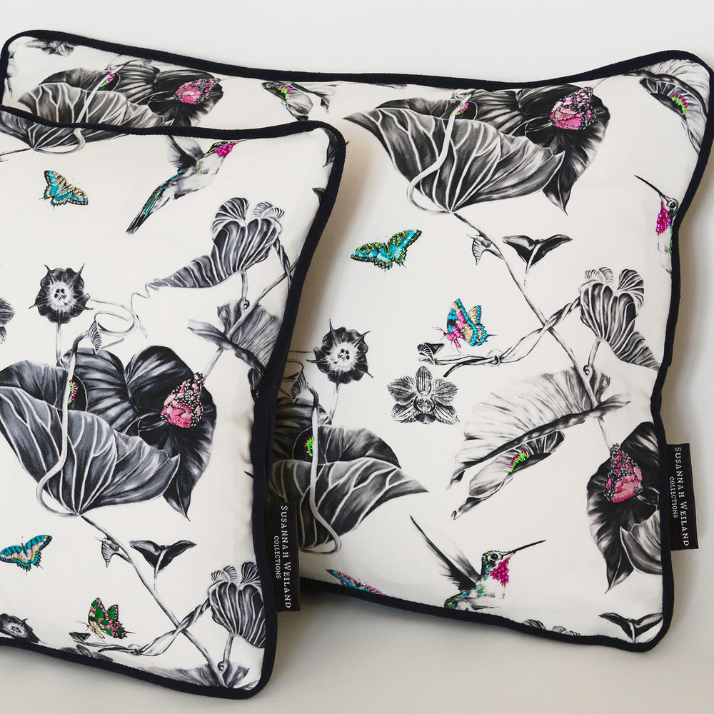 pink-hummingbirds-cushion-3.jpg