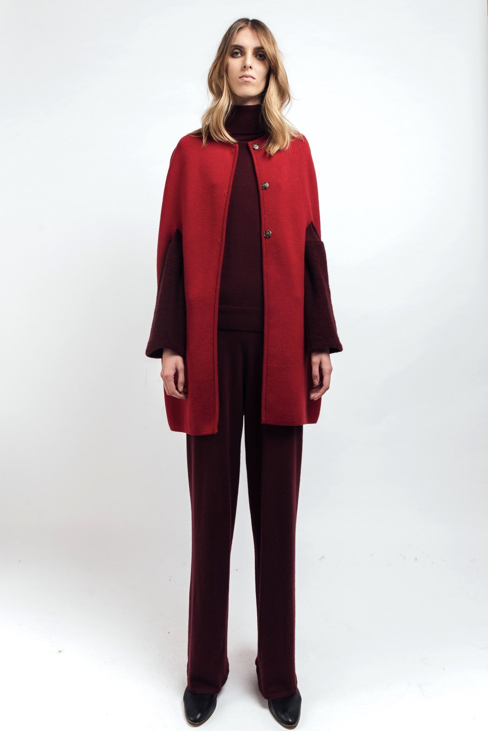 Red cashmere and merino wool cape