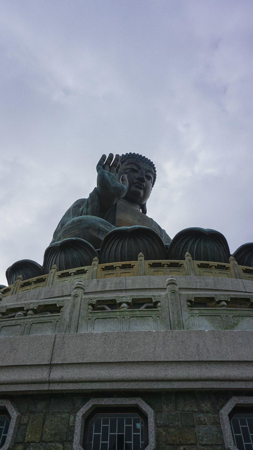 Hong Kong statue.jpg