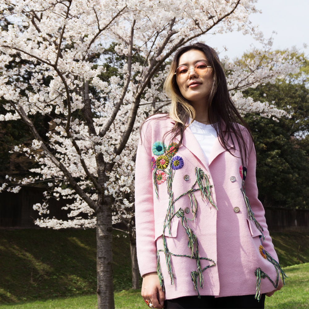 MANDKHAI in tokyo - light pink embroidered suit blazer