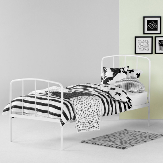 KIDS BEDDING  Black and white story