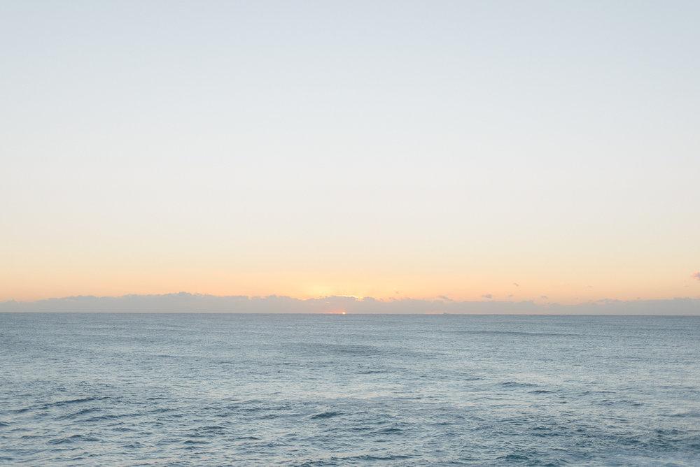 Tania+james+maternity+shoot+freshwater+beach+australia-01.JPG