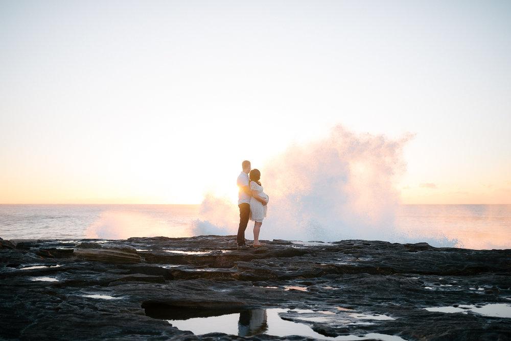 Tania+james+maternity+shoot+freshwater+beach+australia-13.JPG
