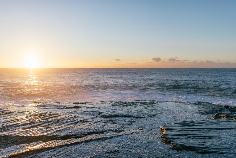 Tania+james+maternity+shoot+freshwater+beach+australia-17.JPG