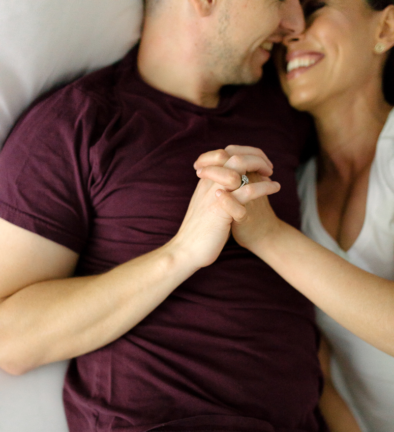 Photography-by-renata-intimate-at-home-engagement-session-in-bed3.jpg