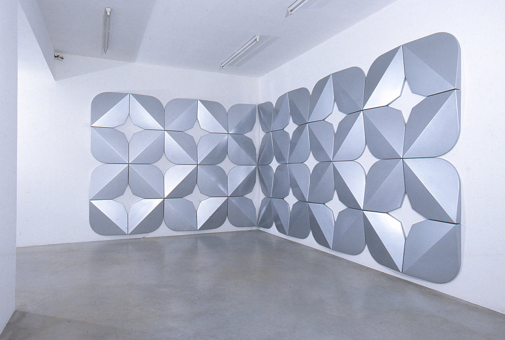 Untitled (0101) (Silver), 2001 paint/vaccum-formed ABS 244 x 737 cm - 96 1/8 x 290 1/8 inches