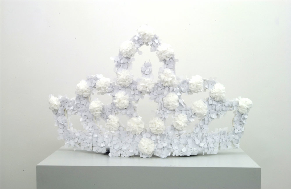 Queen's Crown, 2004 mixed media 73 x 116 x 17 cm - 28 3/4 x 45 5/8 x 6 3/4 inches