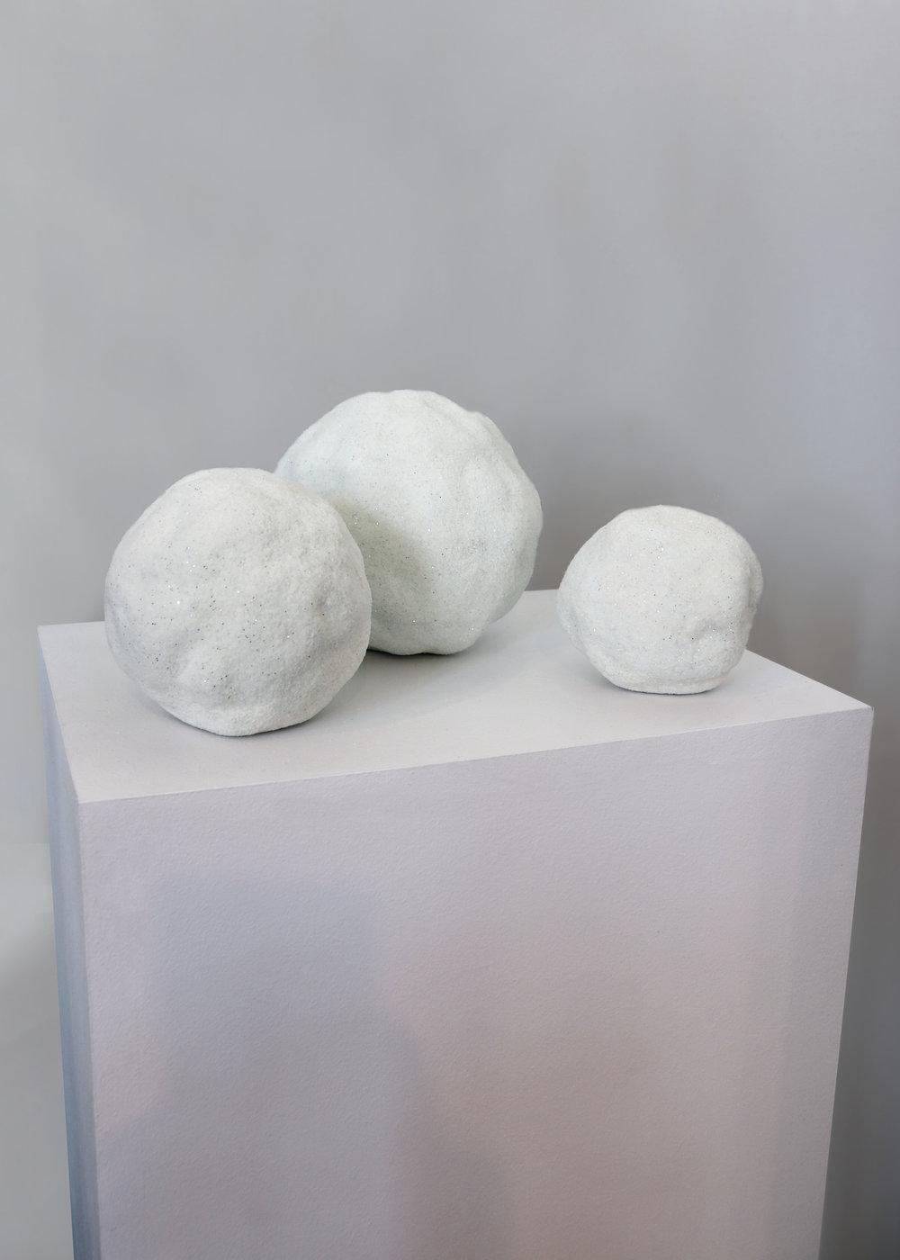 Pierre Ardouvin, Trois boules de neige, 2012 glitter flocked on filler diam. 12 cm; 10 cm; 8 cm - 4 3/4 inches; 3 7/8 inches; 3 1/8 inches