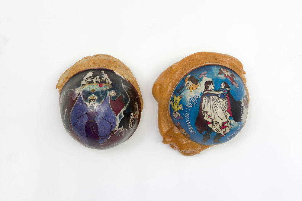 Pierre Ardouvin, Snow White, 1994 balloons, expanding foam 40 x 22 x 14 cm - 15 3/4 x 8 5/8 x 5 1/2 inches