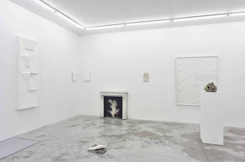 Paris, 28.11.2015 > 23.01.2016 GROUP SHOW THIRTY SHADES OF WHITE → Read More