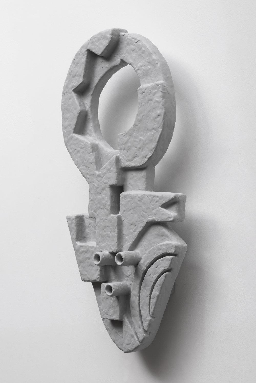 Nathan Mabry, Relief (Mask III), 2017 wood, epoxy clay, primer, wax 76 x 40,6 x 15 cm - 30 x 16 x 6 inches