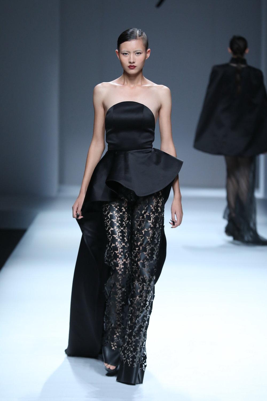 ss-2017_mercedes-benz-china-fashion-week_CN_0016_maryma-4_69251.jpg