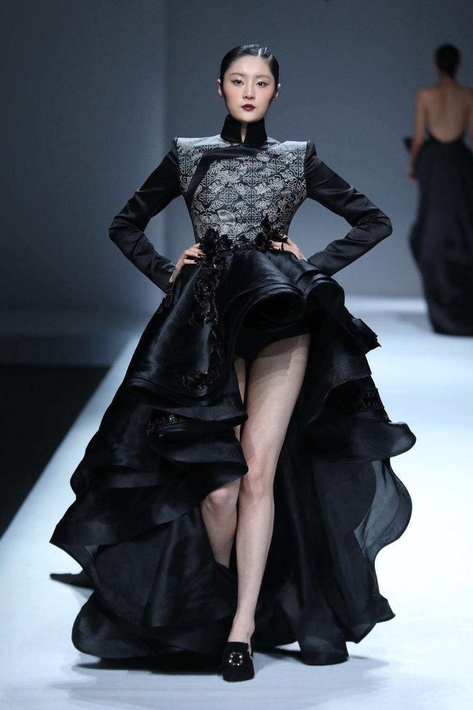 ss-2017_mercedes-benz-china-fashion-week_CN_0017_maryma-5_69250.jpg