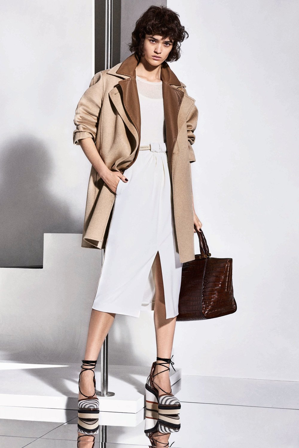 13-Max-Mara-Resort-18.jpg