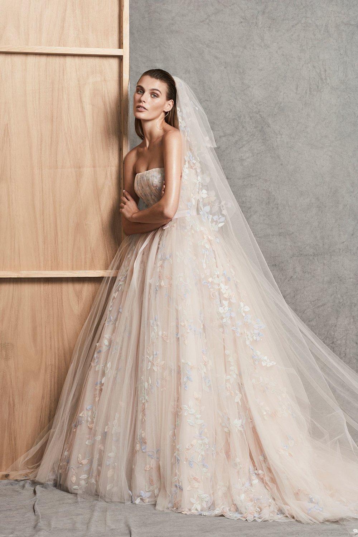 02-Zuhair-Murad-FW18-Bridal.jpg