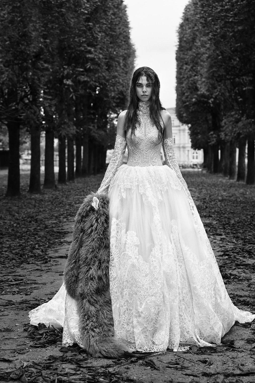08-vera-wang-bridal-fall-2018.jpg