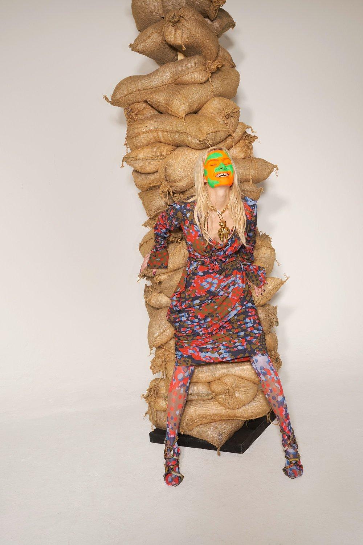 19-Vivienne-Westwood-Fall-18.jpg