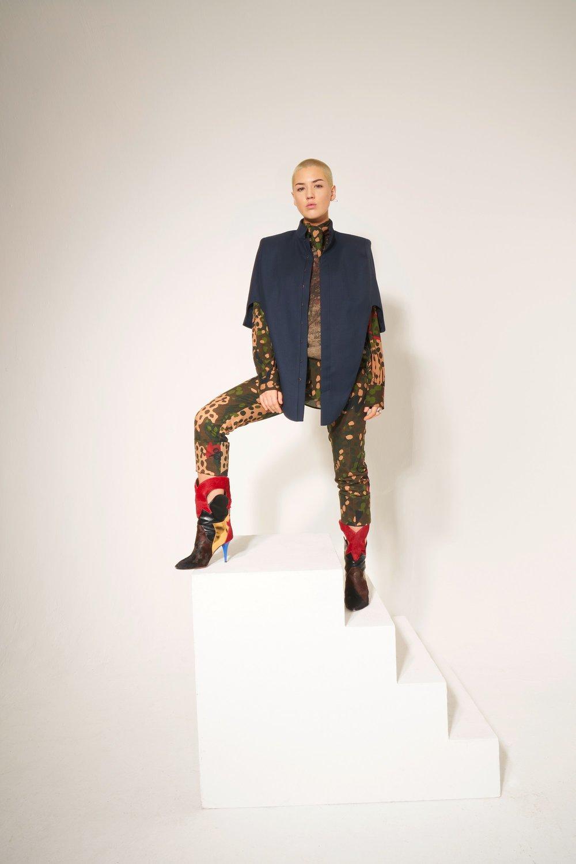 32-Vivienne-Westwood-Fall-18.jpg