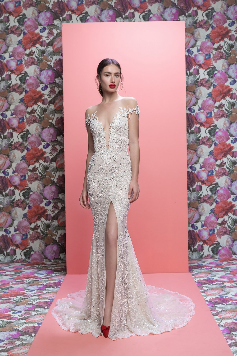 Marleigh-F-galia-lahav-bridal-spring-2019-vogue-16apr18-pr.jpg