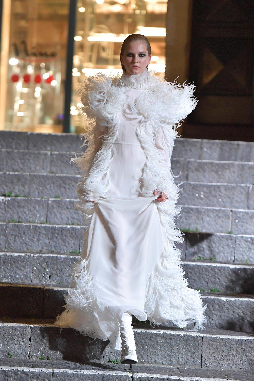 00020-Maison-Francesco-Scognamiglio-Vogue-Couture-FW18-pr.jpg
