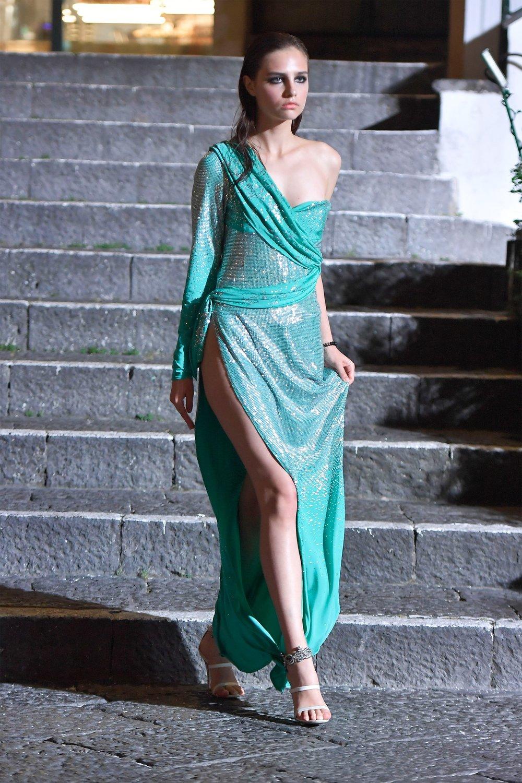 00016-Maison-Francesco-Scognamiglio-Vogue-Couture-FW18-pr.jpg
