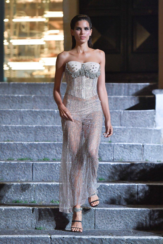 00010-Maison-Francesco-Scognamiglio-Vogue-Couture-FW18-pr.jpg