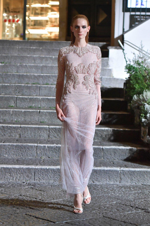 00008-Maison-Francesco-Scognamiglio-Vogue-Couture-FW18-pr.jpg
