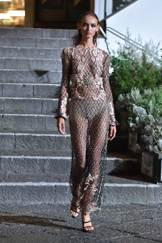 00007-Maison-Francesco-Scognamiglio-Vogue-Couture-FW18-pr.jpg
