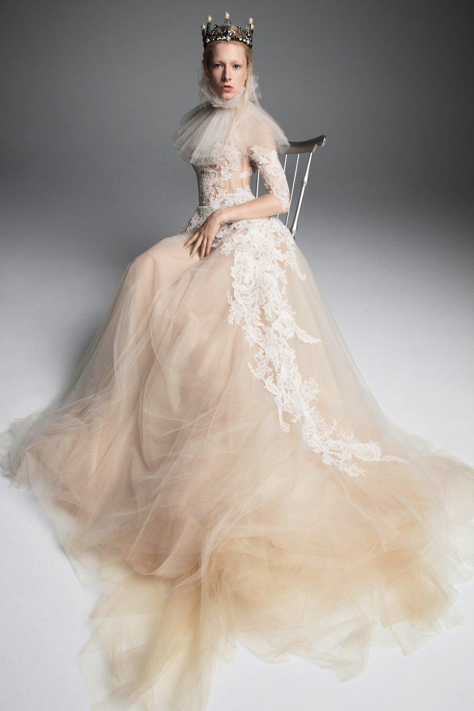 00006-vera-wang-fall-2019-bridal.jpg
