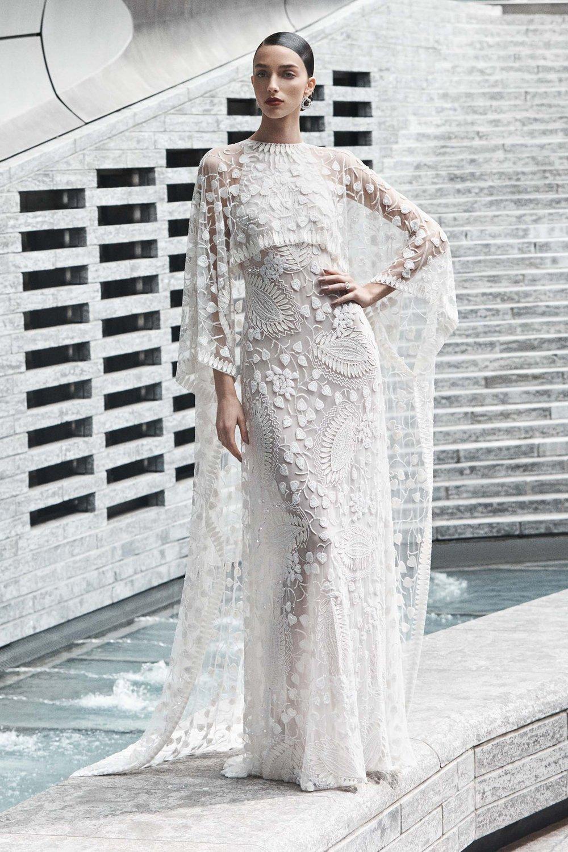00007-naeem-khan-fall-2019-bridal-credit-yossi-michaeli.jpg