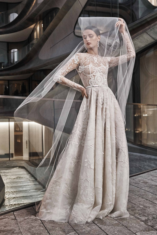 00001-naeem-khan-fall-2019-bridal-credit-yossi-michaeli.jpg