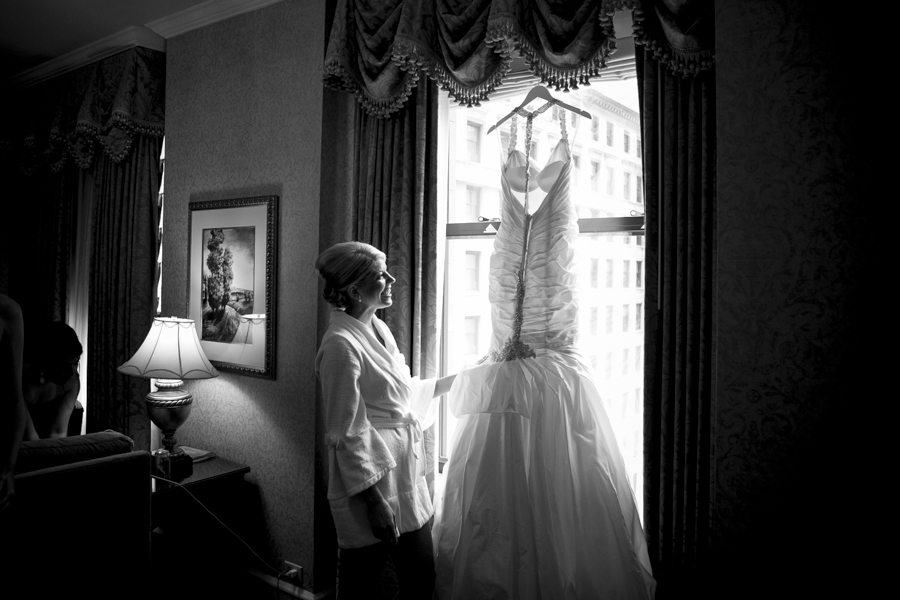 Chicago Wedding Photographer_Cafe Brauer_LM_03.JPG