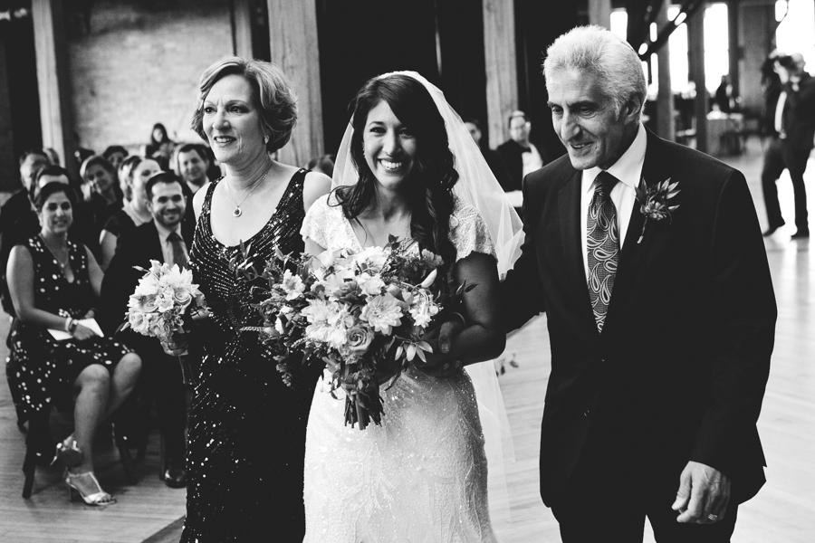 Chicago Wedding Photographer_Bridgeport Art Center_JPP Studios_OE_36.JPG