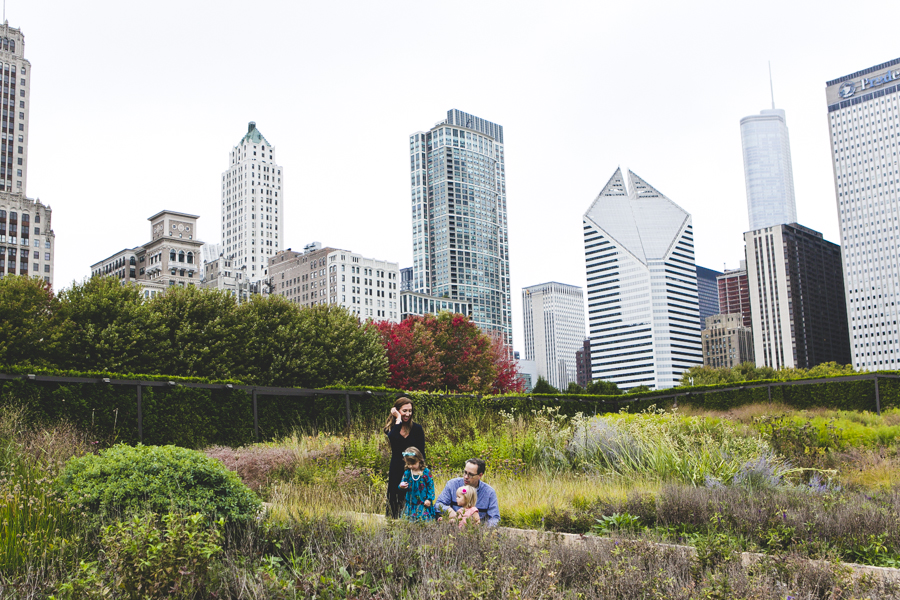 Chicago Family Photography Session_Millennium_Maggie Daley Park_JPP Studios_H_14.JPG