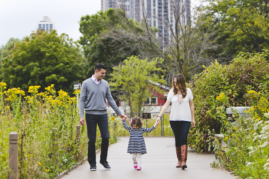 Chicago Family Photography Session_Lincoln Park_South Pond_JPP Studios_L_04.JPG