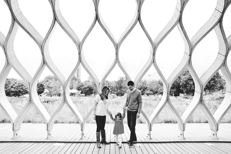 Chicago Family Photography Session_Lincoln Park_South Pond_JPP Studios_L_18.JPG