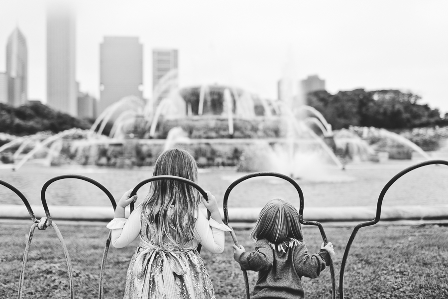 Chicago Family Photography Session_Buckingham Fountain_Haase_07.JPG