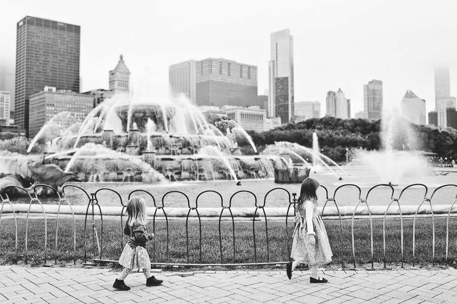 Chicago Family Photography Session_Buckingham Fountain_Haase_11.JPG