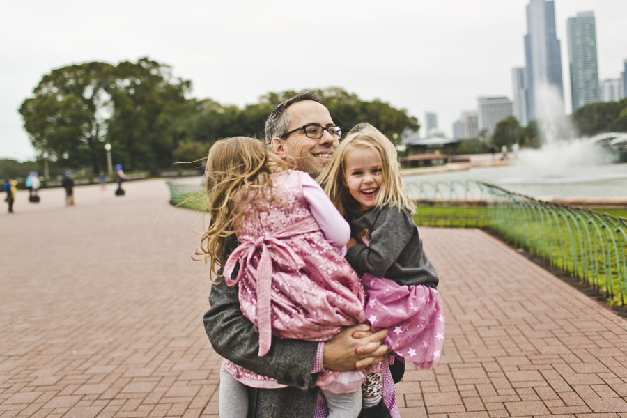 Chicago Family Photography Session_Buckingham Fountain_Haase_12.JPG