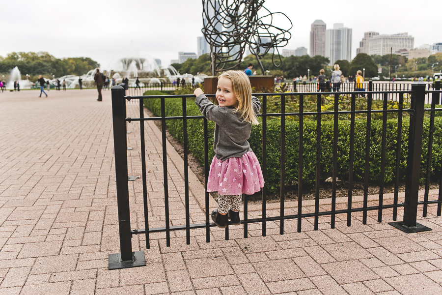 Chicago Family Photography Session_Buckingham Fountain_Haase_26.JPG